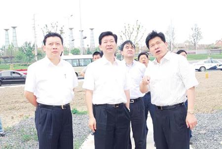张卫国在花桥经济开发区调研时要求